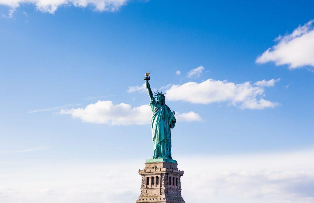 ส่งของไปอเมริกา ส่งพัสดุไปอเมริกา เราทำให้การส่งของเป็นเรื่องง่ายแค่ปลายนิ้ว ส่งของจากไทยไปอเมริกา ส่งของไป USA อัตราค่าส่งของไปอเมริกา ค่าส่งของไปอเมริกา อัตราค่าส่งพัสดุไปอเมริกา ค่าส่งพัสดุไปอเมริกา ค่าส่งไปรษณีย์ไปอเมริกา ส่ง EMS ไปอเมริกา ส่งของไปอเมริกาทางเครื่องบิน ส่งของไปอเมริกาทางเรือ ส่งจดหมายไปอเมริกา ส่งเอกสารไปอเมริกา ส่งอาหารไปอเมริกา ภาษีนำเข้าประเทศสหรัฐอเมริกา